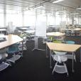 法学部図書館(日本大学図書館法学部分館)7階にラーニング・コモンズが開設されました。